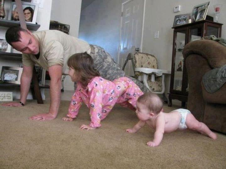 exercise - dad-and kids pushups cute